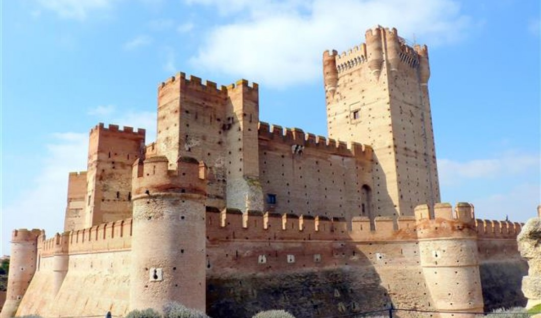 Zamek de la Mota, Hiszpania