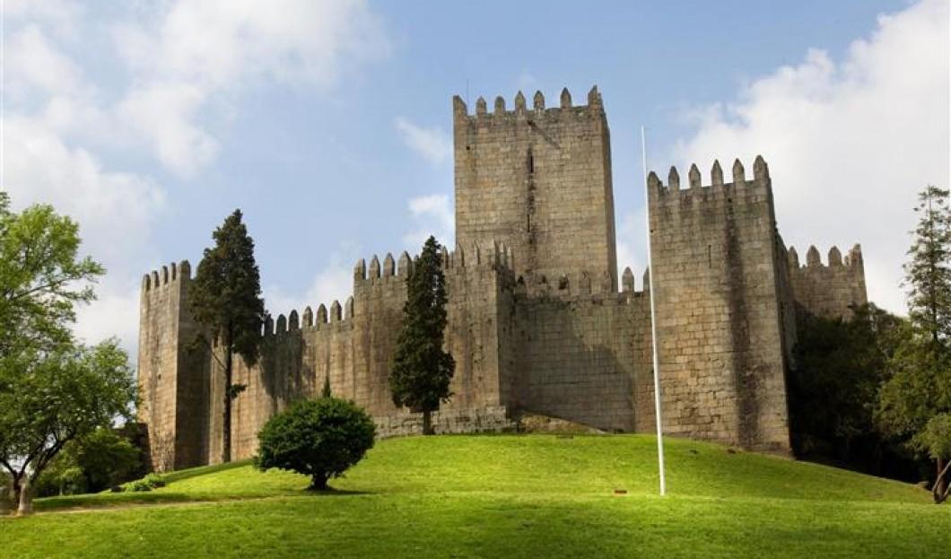 Zamek De Guimaraes, Portugalia